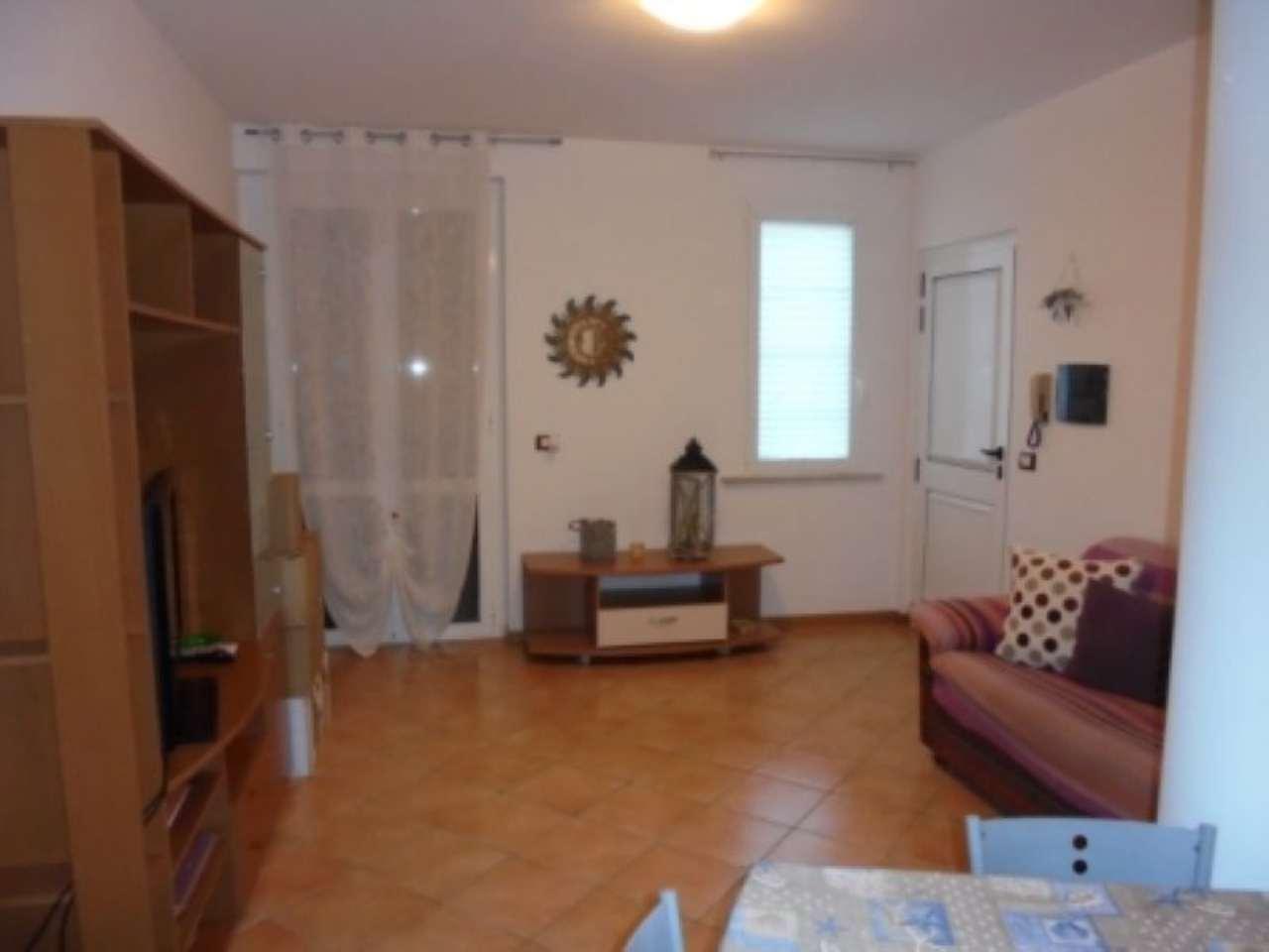 Appartamento in affitto a Lonato, 2 locali, prezzo € 480 | Cambio Casa.it