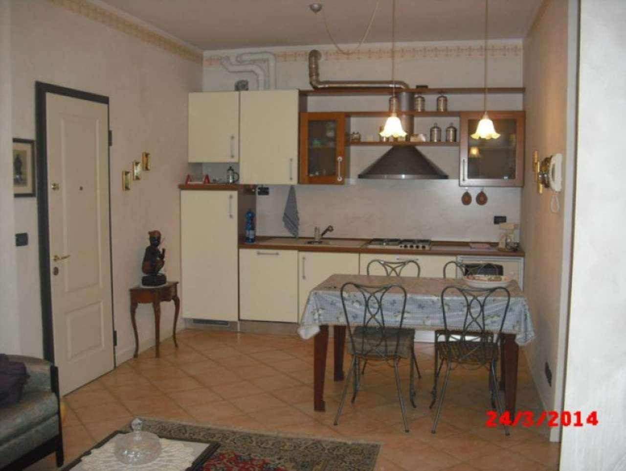 Appartamento in affitto a Padenghe sul Garda, 2 locali, prezzo € 500 | Cambio Casa.it