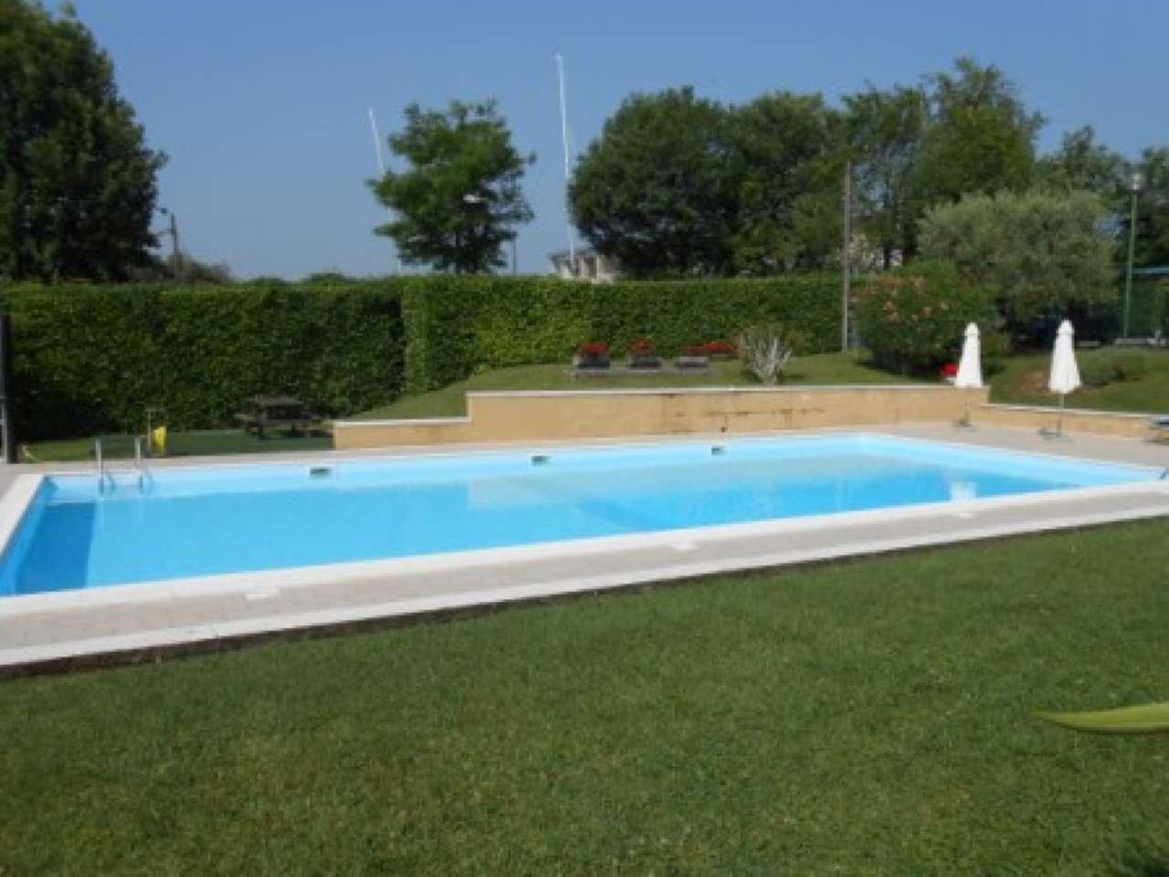 Appartamento in affitto a Moniga del Garda, 2 locali, prezzo € 700 | Cambio Casa.it