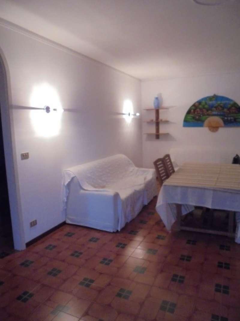 Appartamento in affitto a Sirmione, 3 locali, prezzo € 700 | CambioCasa.it