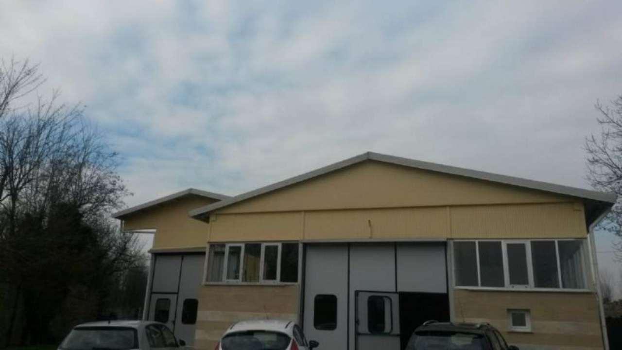 Capannone in vendita a Appiano Gentile, 8 locali, prezzo € 780.000 | Cambio Casa.it