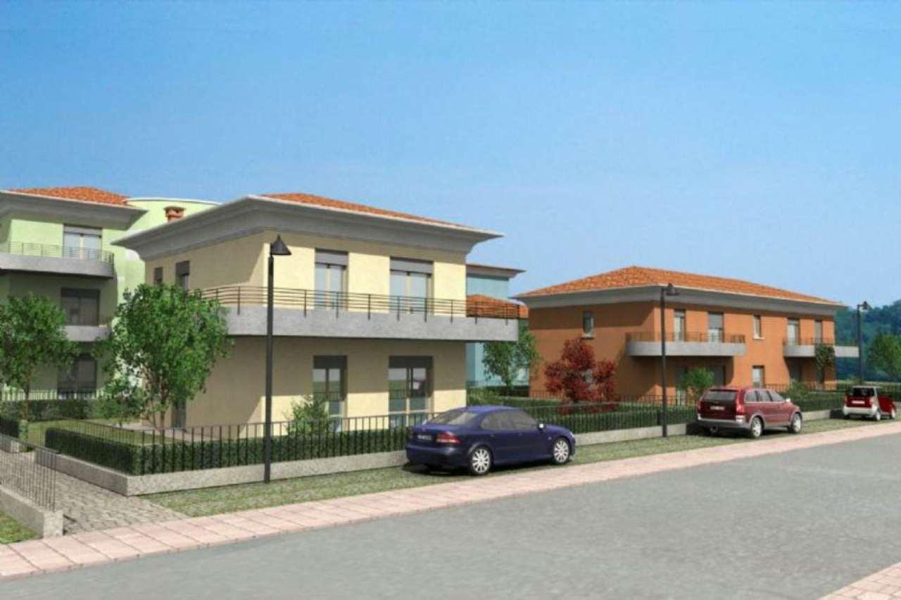 Villa in vendita a Uggiate-Trevano, 5 locali, prezzo € 335.000 | Cambio Casa.it