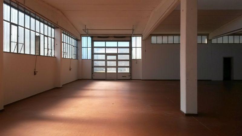 Capannone in vendita a Villa Guardia, 10 locali, prezzo € 1.100.000 | CambioCasa.it
