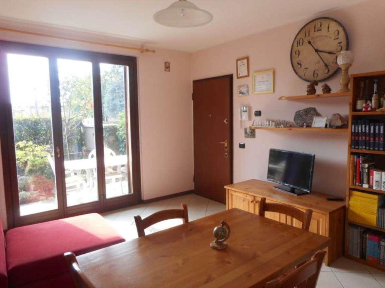 Appartamento in vendita a Binago, 2 locali, prezzo € 130.000 | Cambio Casa.it