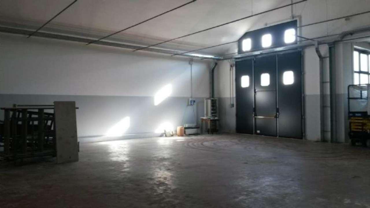 Capannone in vendita a Lurate Caccivio, 3 locali, prezzo € 600.000 | Cambio Casa.it