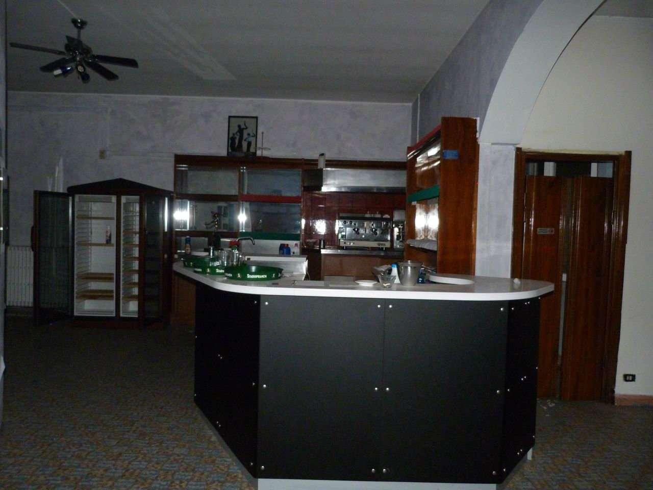 Negozio / Locale in vendita a Villa Guardia, 3 locali, prezzo € 150.000 | Cambio Casa.it