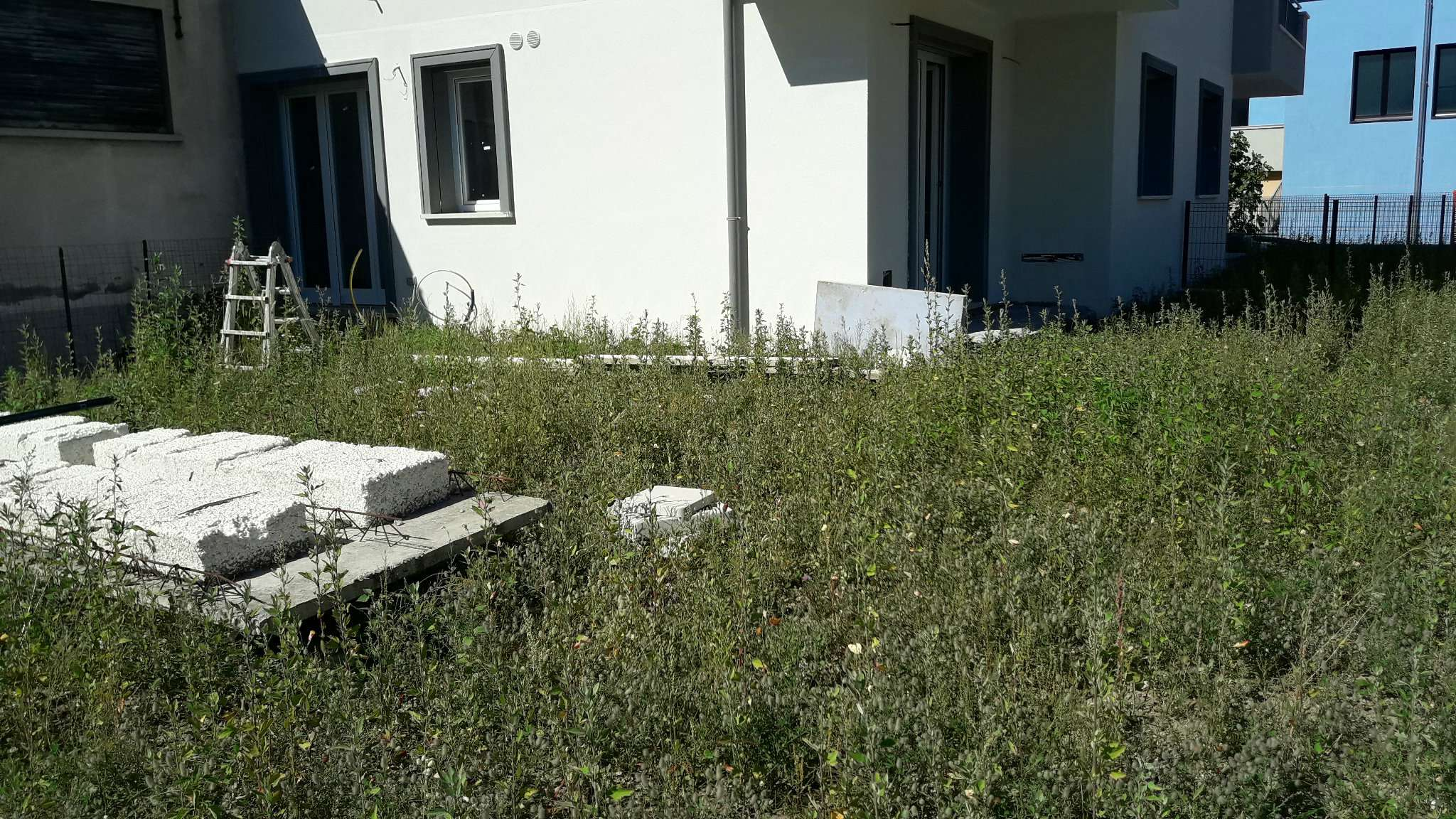 Appartamento in vendita a Lurate Caccivio, 3 locali, prezzo € 165.000 | CambioCasa.it