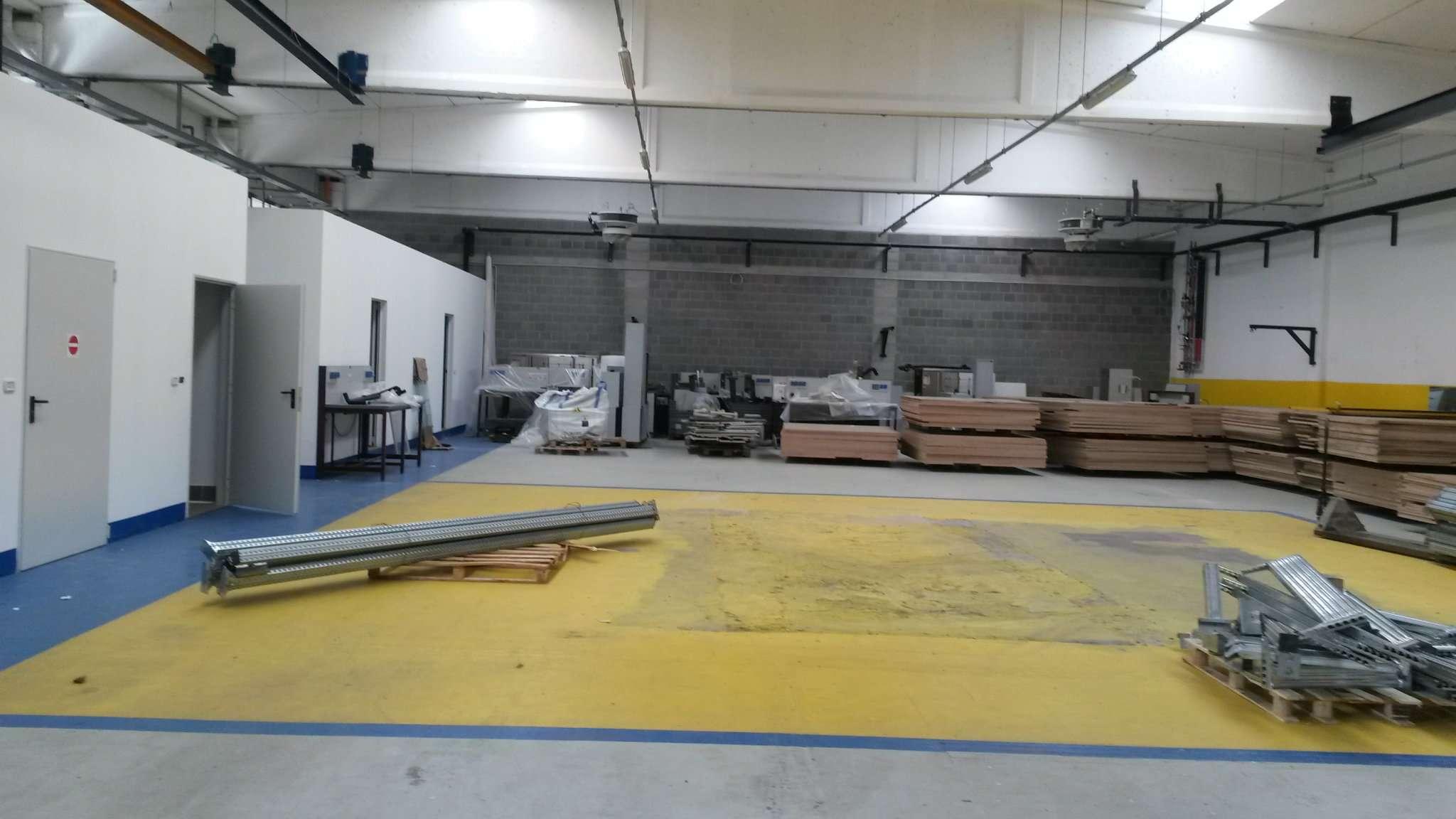 Laboratorio in vendita a Colverde, 3 locali, prezzo € 1.500   CambioCasa.it