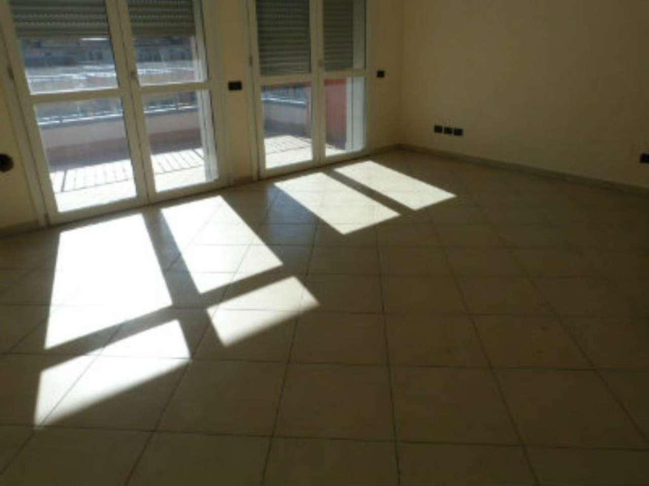 Appartamento in vendita a Como, 3 locali, zona Zona: 7 . Breccia - Camerlata - Rebbio, prezzo € 225.000 | Cambio Casa.it