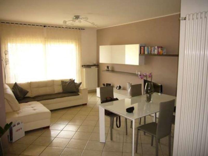 Appartamento in vendita a Cernobbio, 5 locali, prezzo € 280.000 | Cambiocasa.it