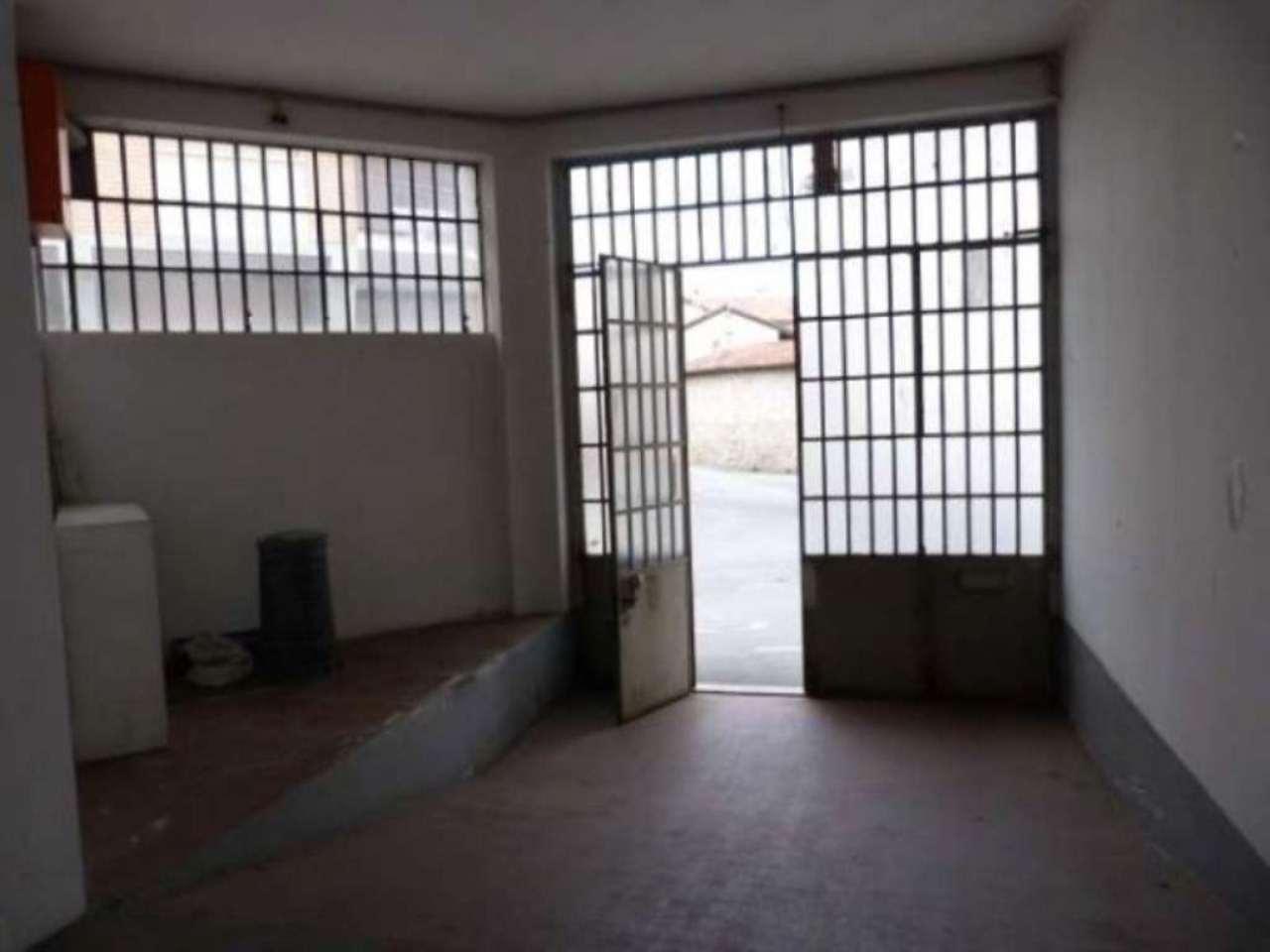 Capannone in vendita a Villa Guardia, 4 locali, prezzo € 190.000 | CambioCasa.it