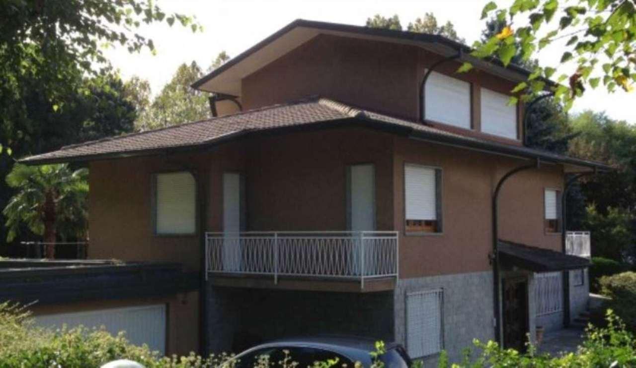 Villa in vendita a Grandate, 6 locali, prezzo € 900.000 | Cambio Casa.it