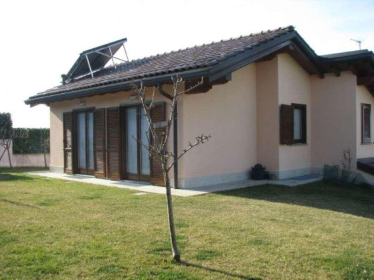 Villa in vendita a Colverde, 6 locali, prezzo € 650.000 | Cambio Casa.it