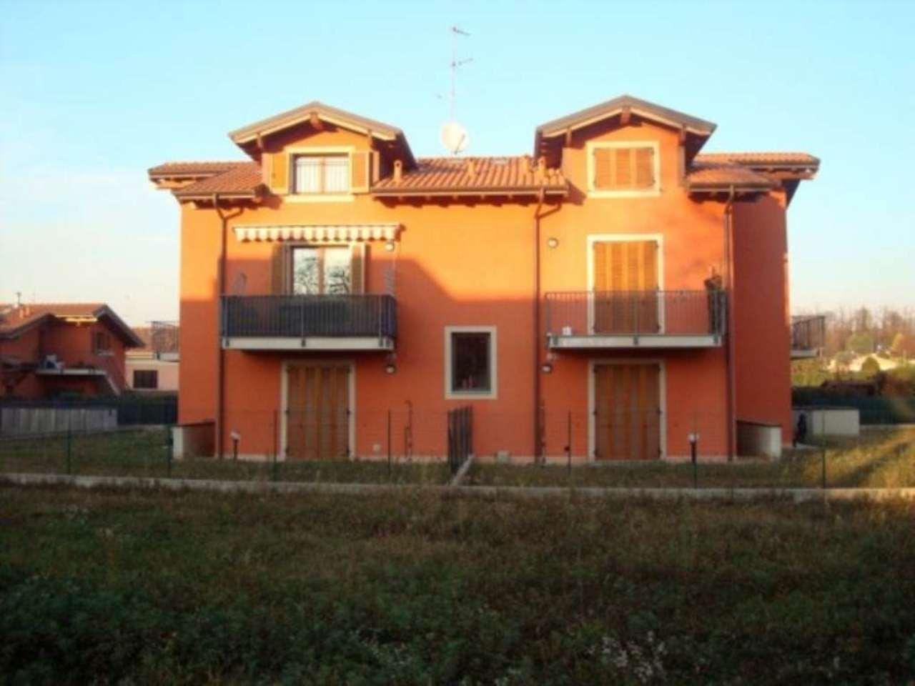 Appartamento in vendita a Appiano Gentile, 3 locali, prezzo € 178.000 | Cambio Casa.it