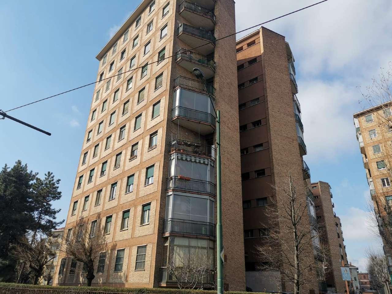 Appartamento in vendita Zona Madonna di Campagna, Borgo Vittoria... - via Via Chiesa della Salute 149 Torino