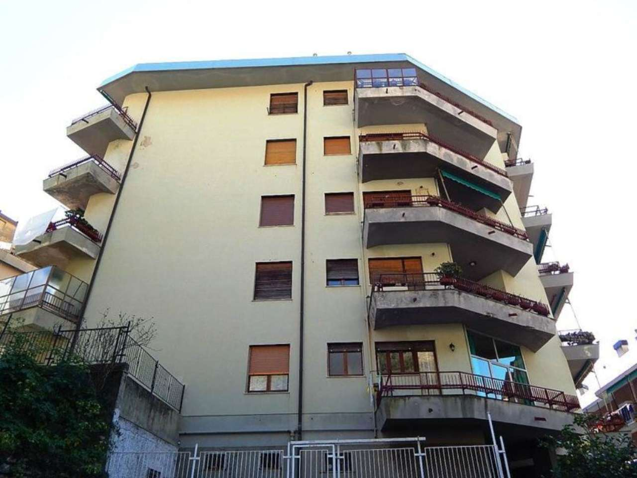 Bilocale Genova Via Del Commercio 2