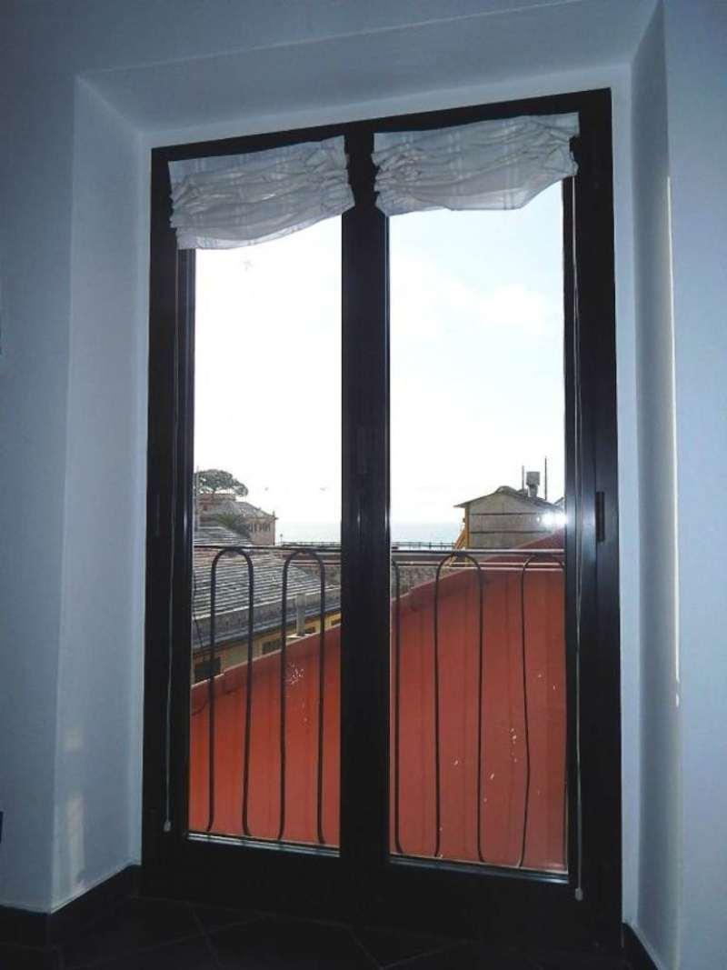 Bilocale Genova Via Ganduccio 10