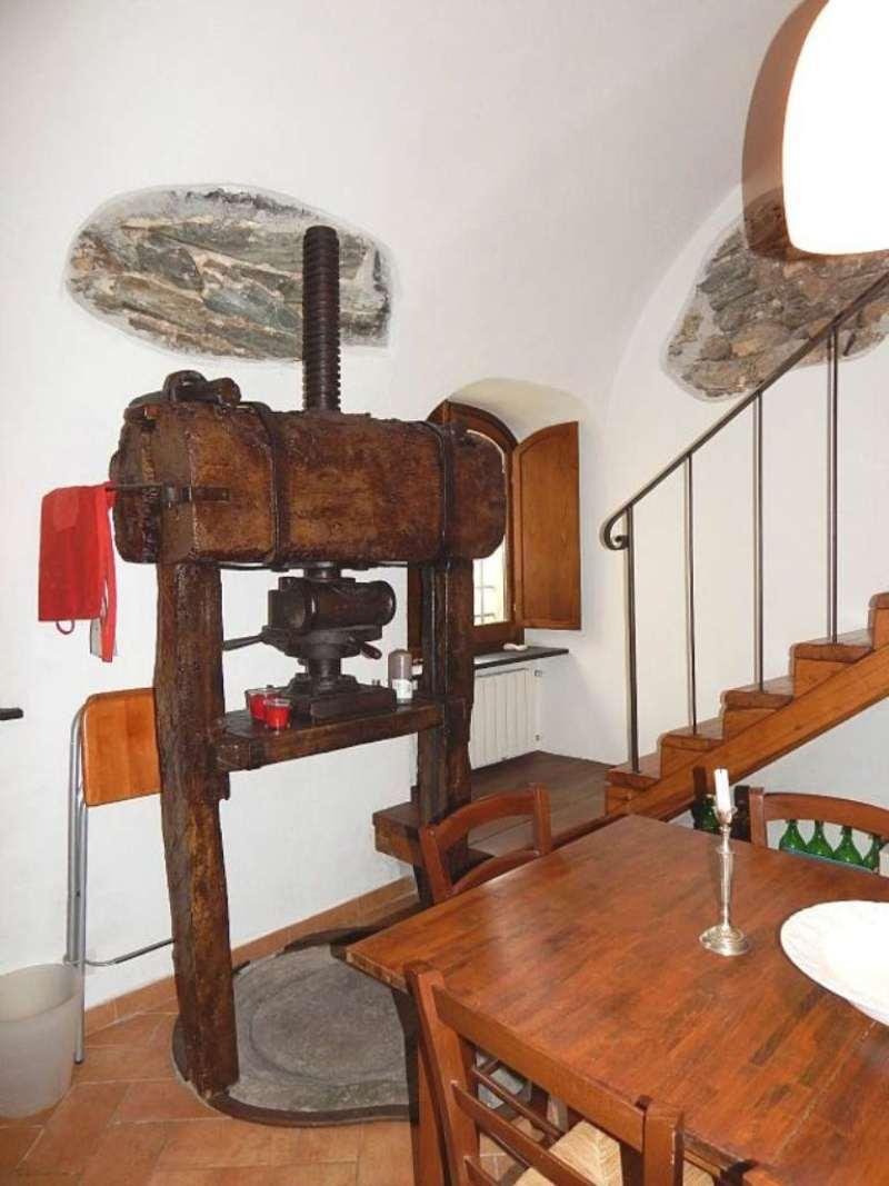 Soluzione Indipendente in vendita a Noli, 4 locali, prezzo € 440.000 | Cambio Casa.it