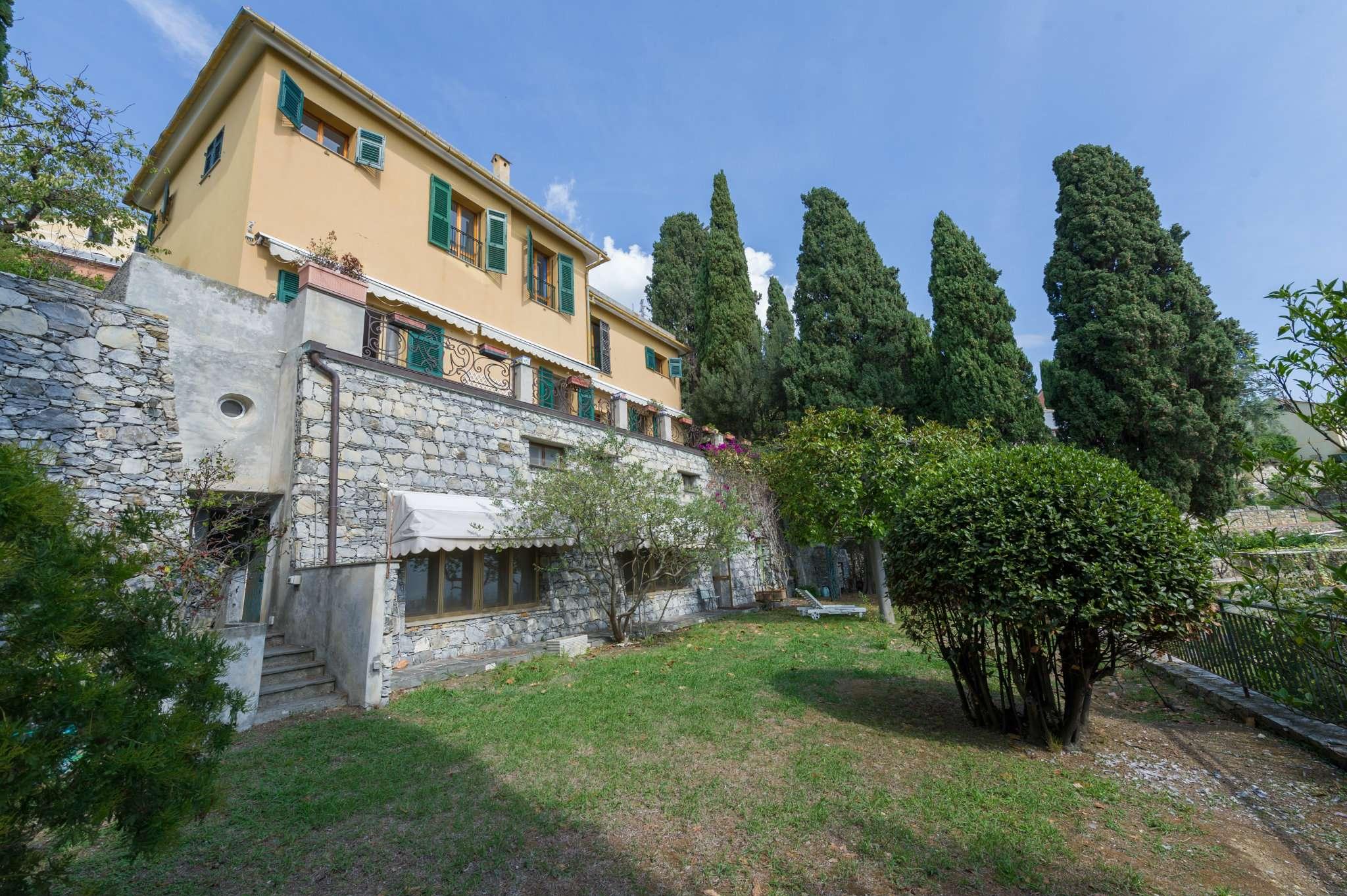 Villa in vendita a Genova, 19 locali, prezzo € 2.290.000   CambioCasa.it