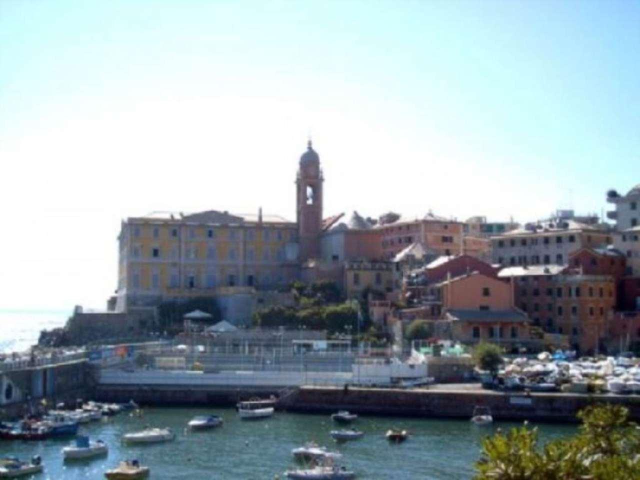 Bilocale Genova Via Felice Gazzolo 1