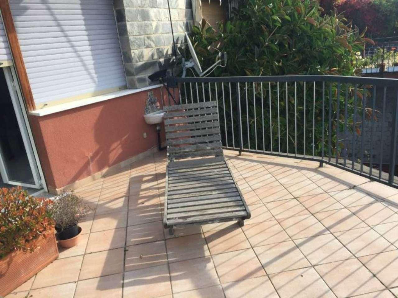 Bilocale Genova Via Bettolo 4