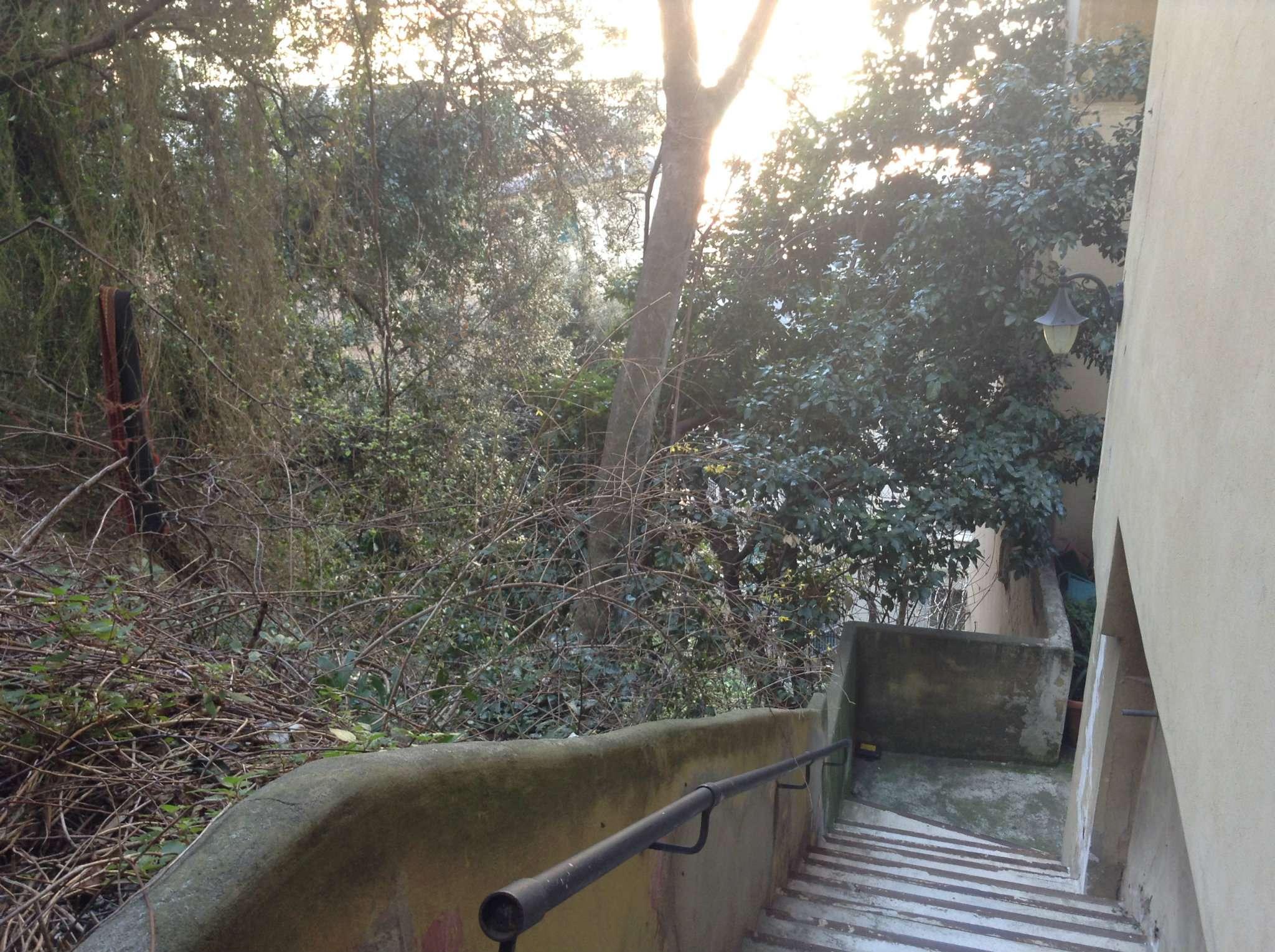 Bilocale Genova Via San Bartolomeo Del Fossato 9
