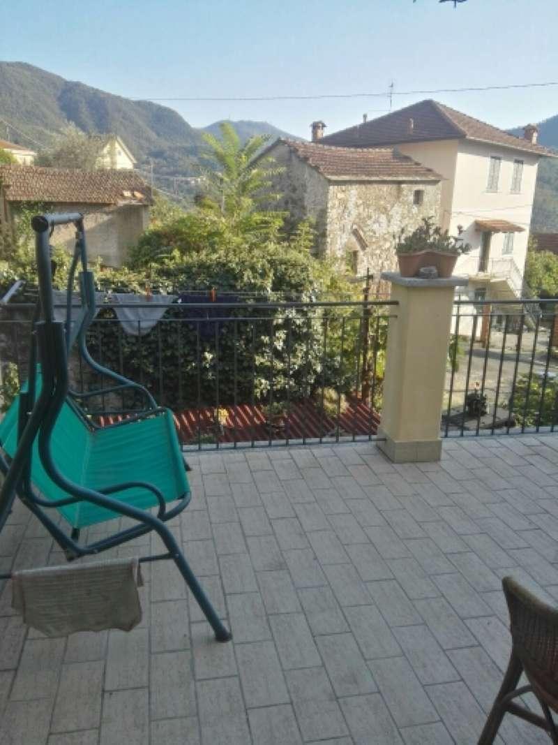Villa in vendita a Genova, 5 locali, prezzo € 250.000   CambioCasa.it