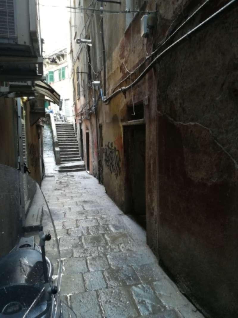 Genova Vendita MAGAZZINO
