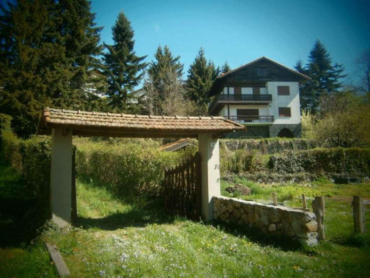 Villa in vendita a Fontanigorda, 11 locali, prezzo € 350.000 | Cambio Casa.it