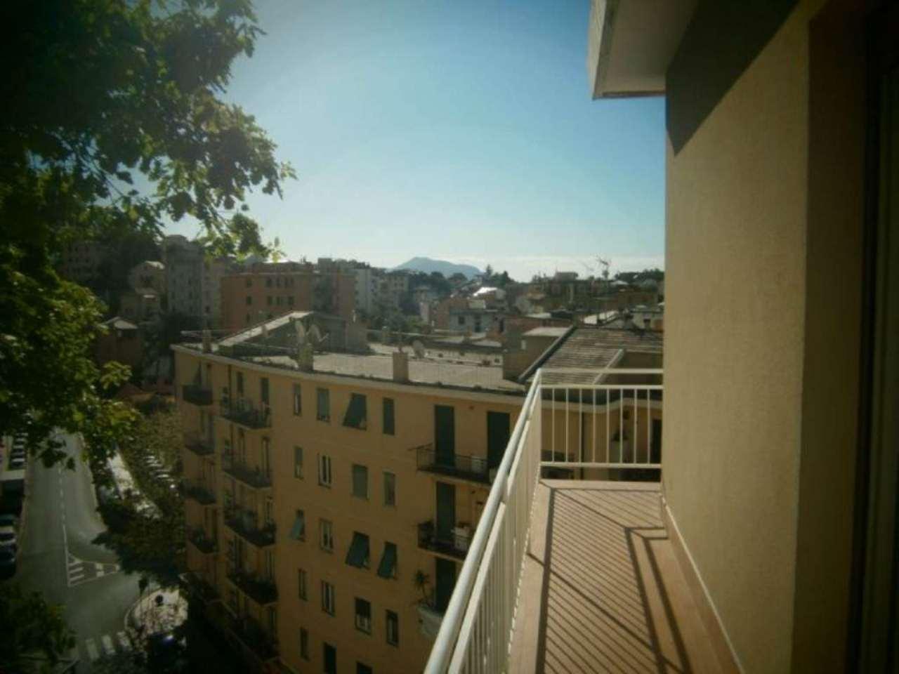 Bilocale Genova  11