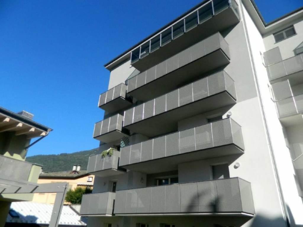 Appartamento in affitto a Sondrio, 2 locali, prezzo € 550 | CambioCasa.it