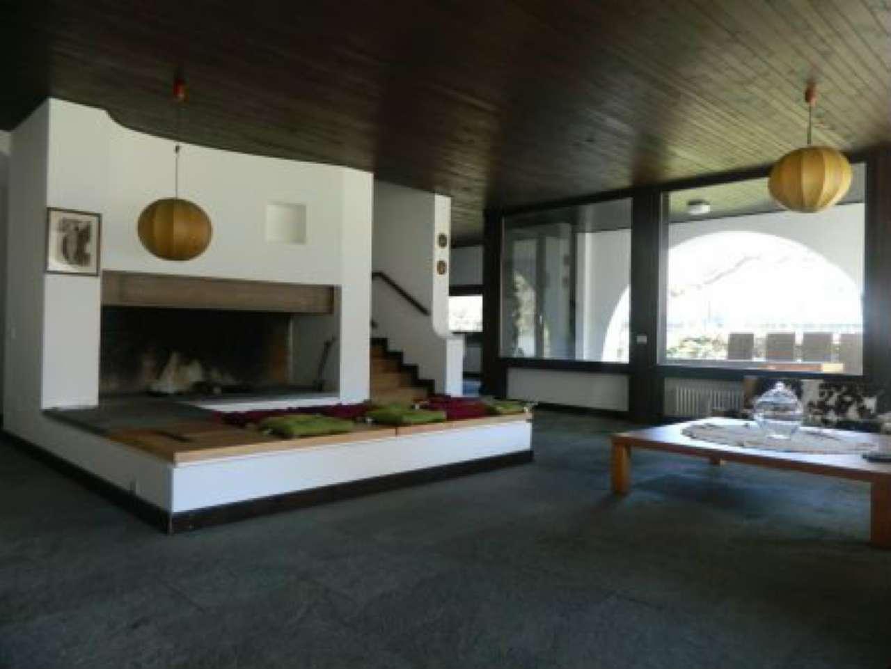 Villa in vendita a Sondrio, 5 locali, Trattative riservate   CambioCasa.it
