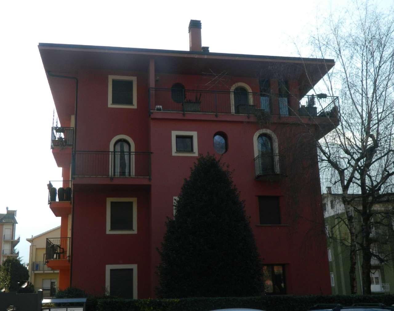 Appartamento 6 locali in vendita a Sondrio (SO)