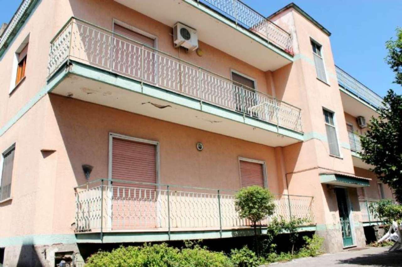 Palazzo / Stabile in vendita a Saviano, 6 locali, prezzo € 220.000 | Cambio Casa.it
