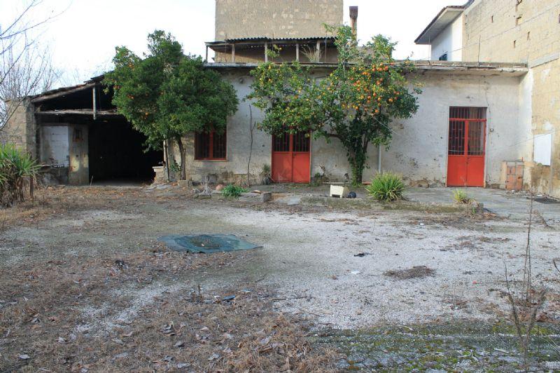 Soluzione Indipendente in vendita a Nola, 5 locali, prezzo € 68.000 | Cambio Casa.it
