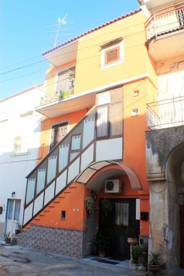 Appartamento in vendita a San Vitaliano, 3 locali, prezzo € 79.000 | Cambio Casa.it