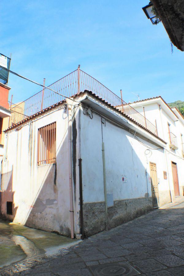 Soluzione Indipendente in vendita a Marzano di Nola, 2 locali, prezzo € 24.000 | Cambio Casa.it
