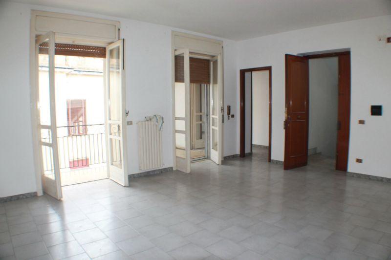 Appartamento in affitto a San Paolo Bel Sito, 3 locali, prezzo € 350 | Cambio Casa.it
