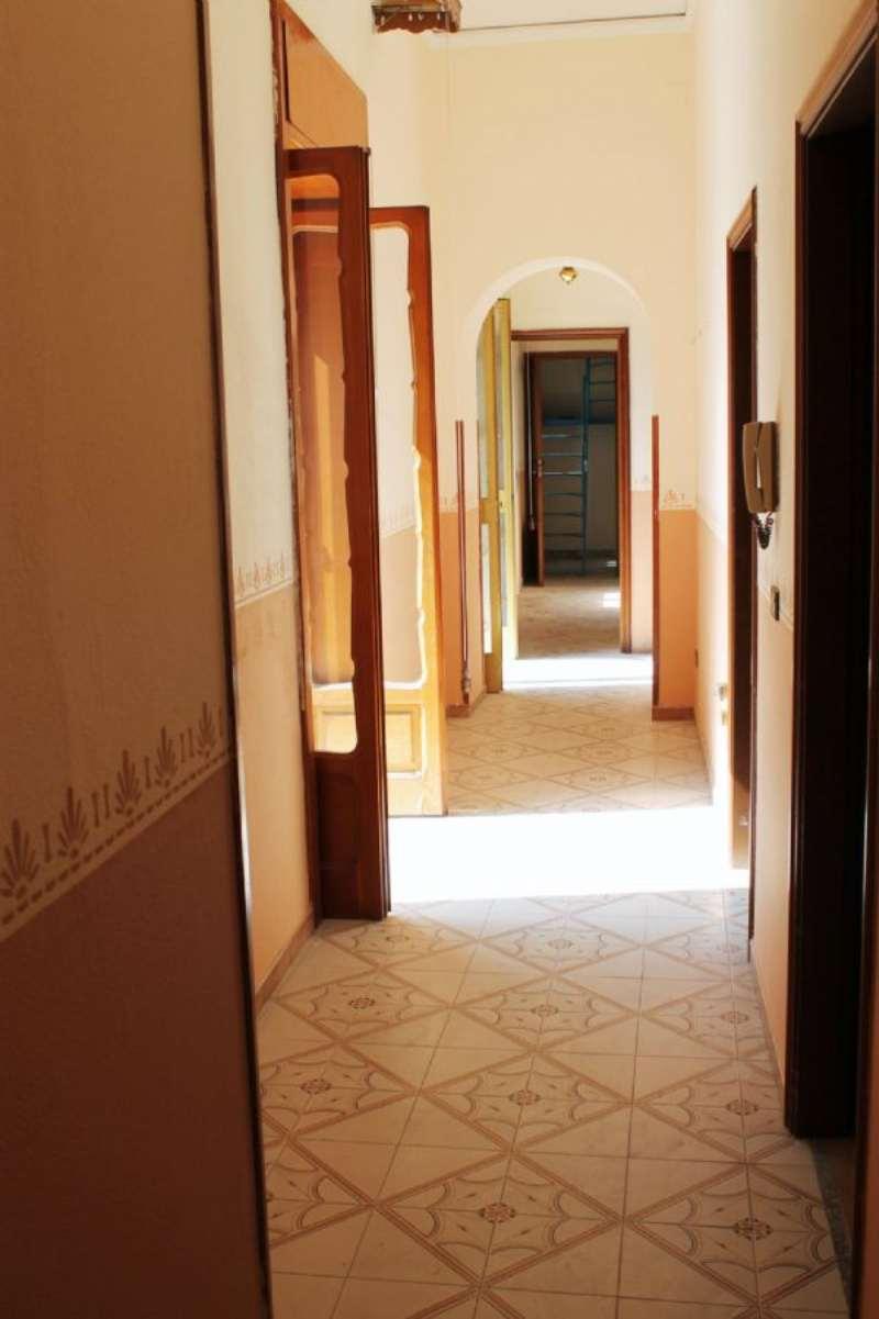 Appartamento in affitto a Camposano, 4 locali, prezzo € 350 | Cambio Casa.it