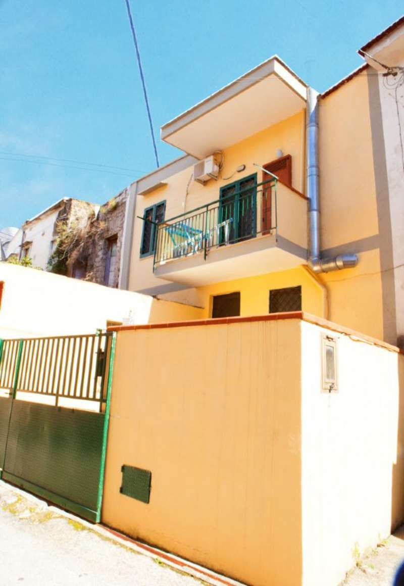 Soluzione Indipendente in vendita a Tufino, 3 locali, prezzo € 68.000 | Cambio Casa.it