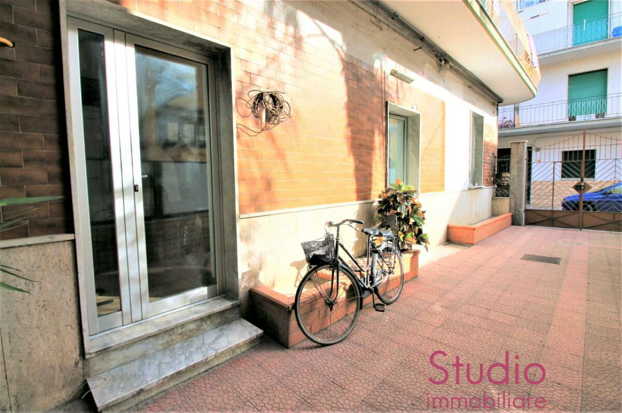 Appartamento in vendita a Brusciano, 2 locali, prezzo € 70.000 | Cambio Casa.it