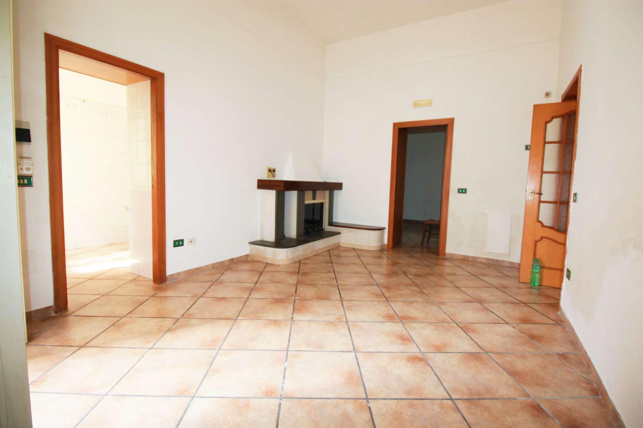 Appartamento in affitto a Saviano, 4 locali, prezzo € 300 | Cambio Casa.it