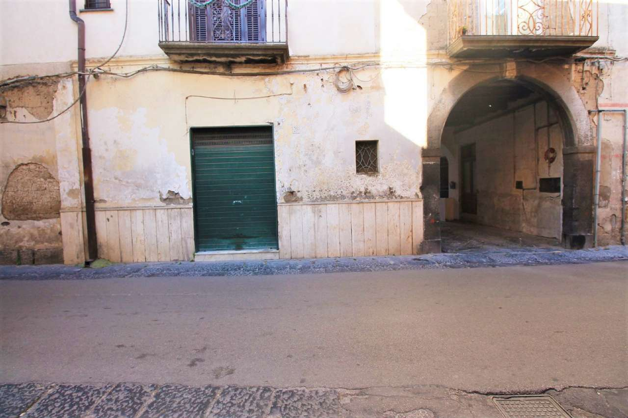 Negozio / Locale in affitto a Saviano, 1 locali, prezzo € 180   CambioCasa.it