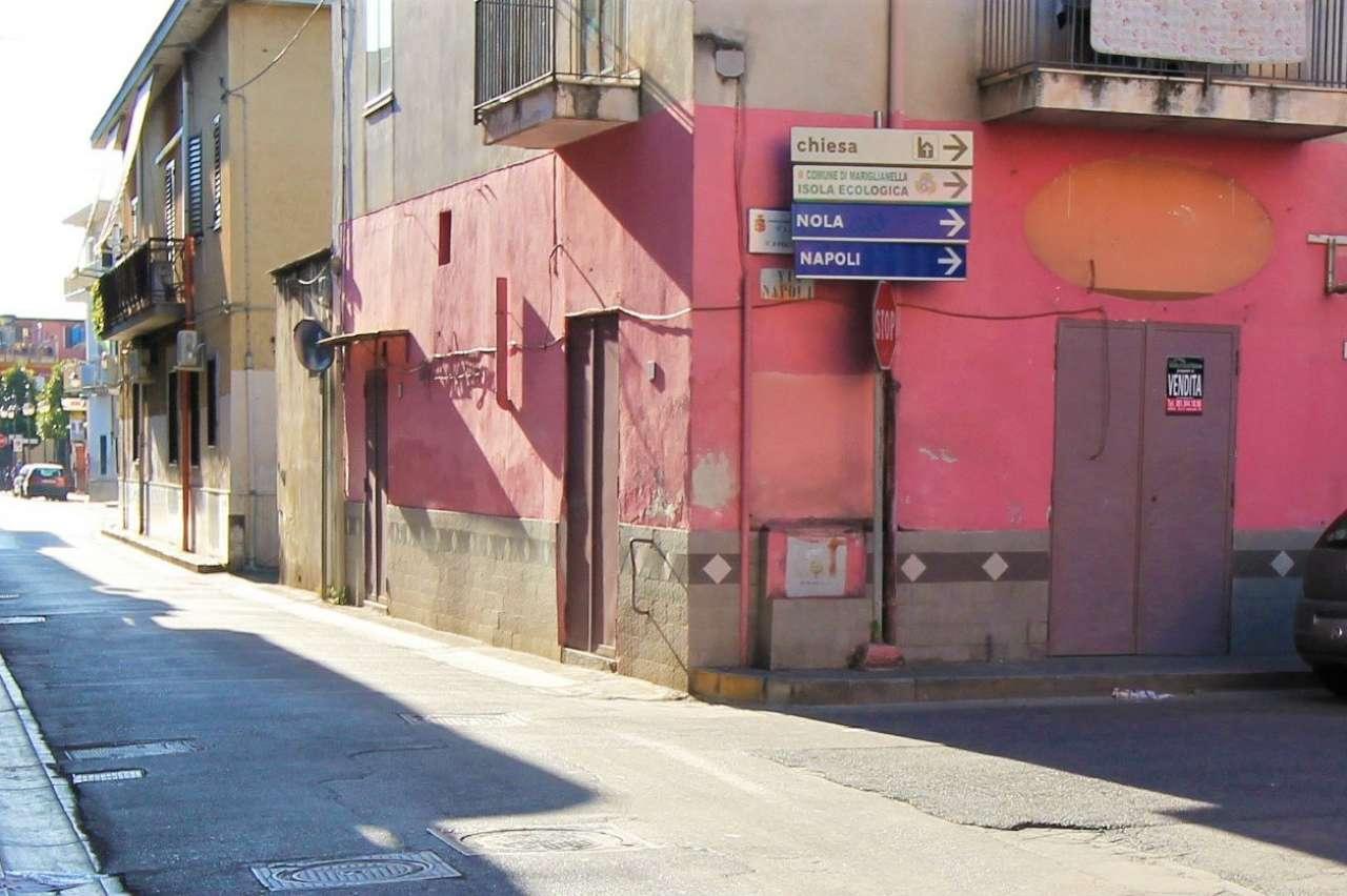 Negozio / Locale in affitto a Mariglianella, 2 locali, prezzo € 300 | CambioCasa.it