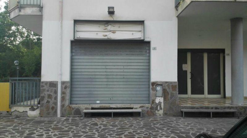 Negozio / Locale in affitto a San Vitaliano, 19 locali, prezzo € 600 | CambioCasa.it