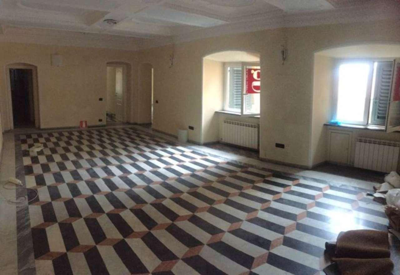 Ufficio-studio in Affitto a Genova Centro: 250 mq