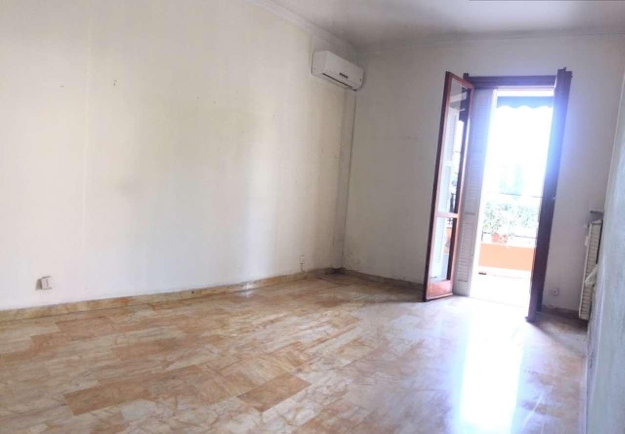 Appartamento in Affitto a Arenzano Centro: 4 locali, 35 mq