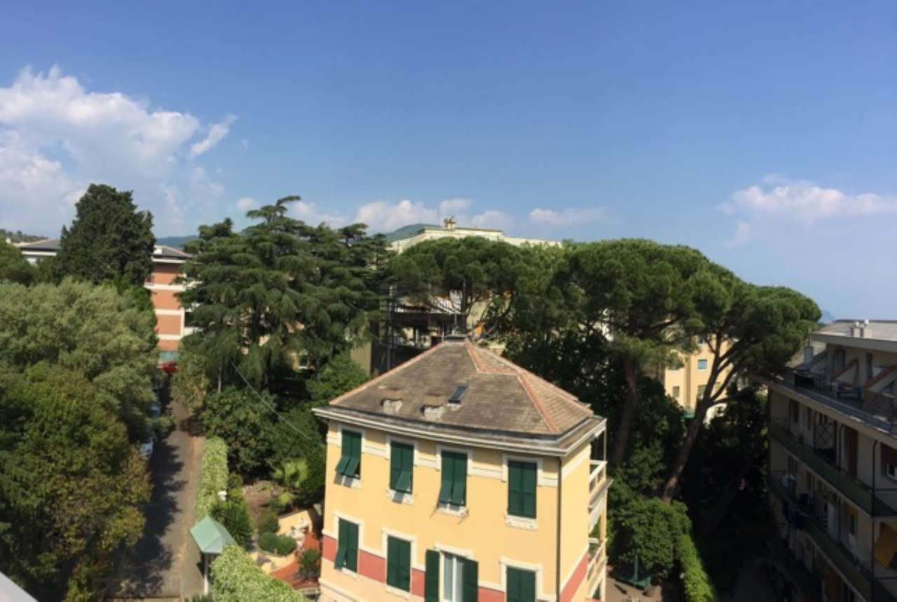 Appartamento in Vendita a Genova Centro: 210 mq
