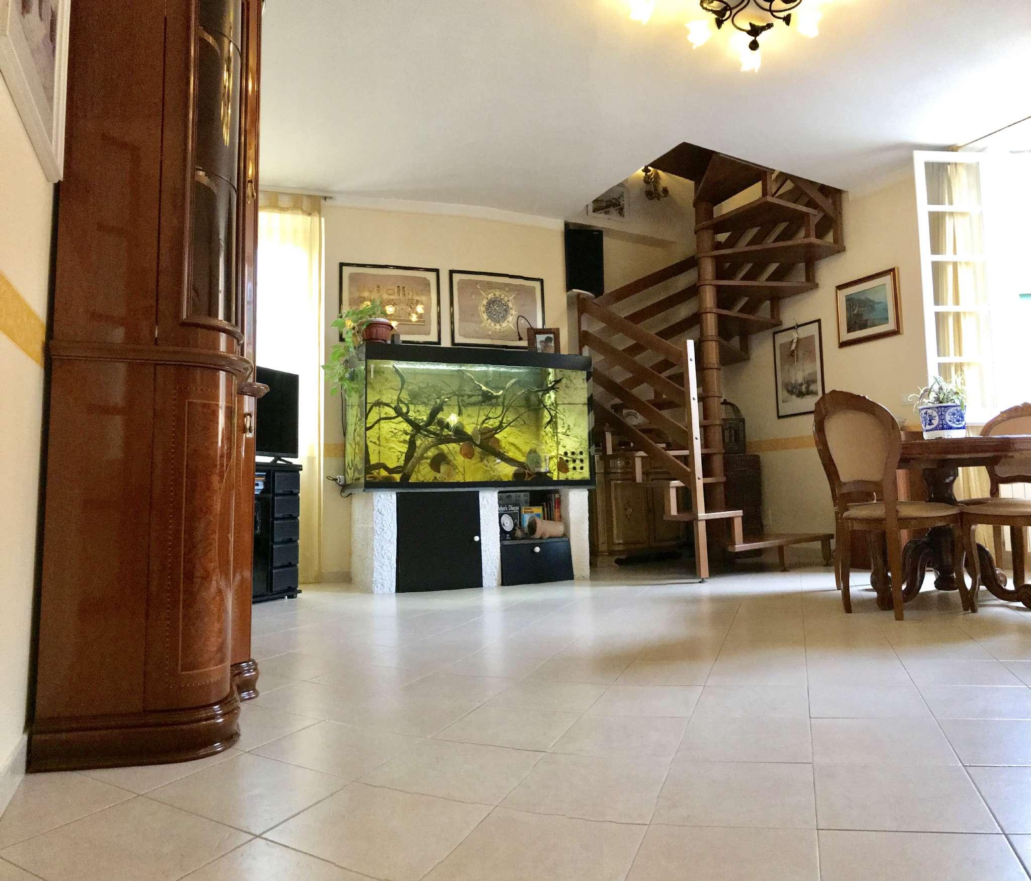 Appartamento in Vendita a Genova Centro: 140 mq