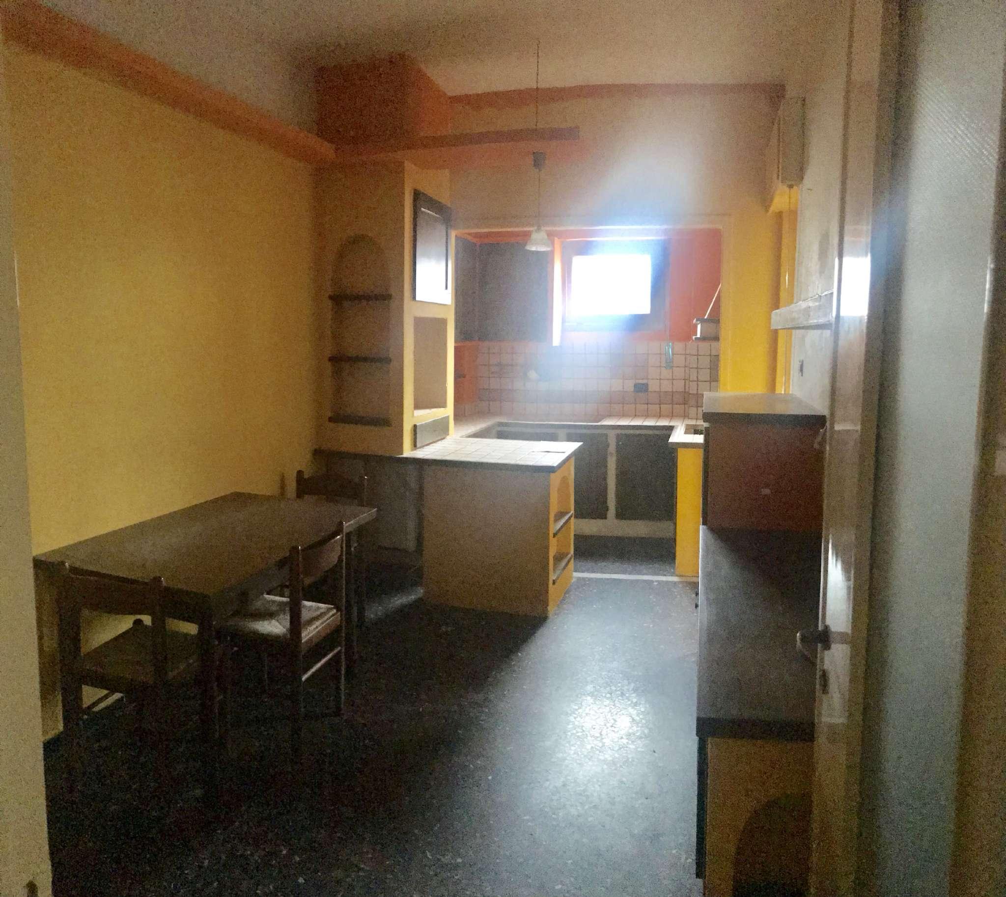 Appartamento in Affitto a Genova Centro: 70 mq